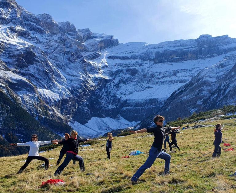 Retraite yoga ânes et rando - le yoga de Fanny - dans les Pyrénées, avril 2021