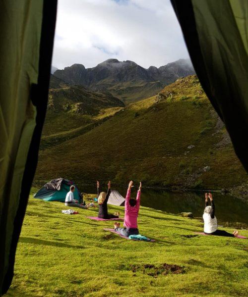 Retraite yoga et ânes - Séance de yoga - Pyrénées - Septembre 2021